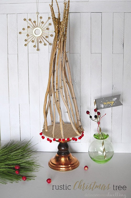 Rustic Christmas Tree, Delineateyourdwelling.com