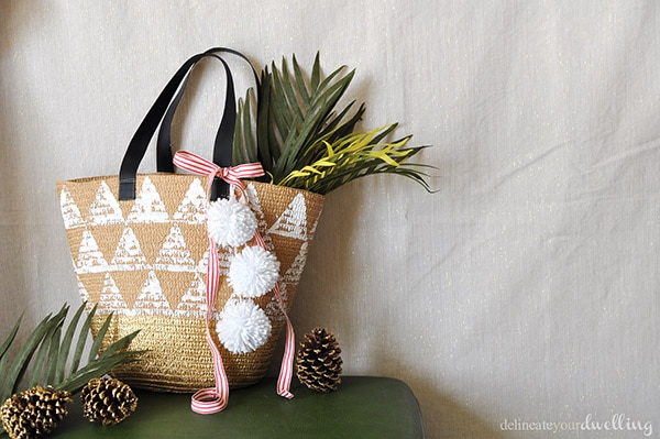 Triangle Tote gift - Delineateyourdwelling.com