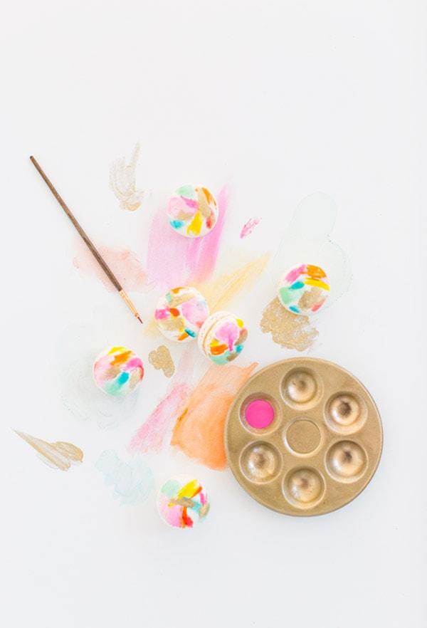 http://www.delineateyourdwelling.com/wp-content/uploads/2015/03/Art-Macarons.jpg