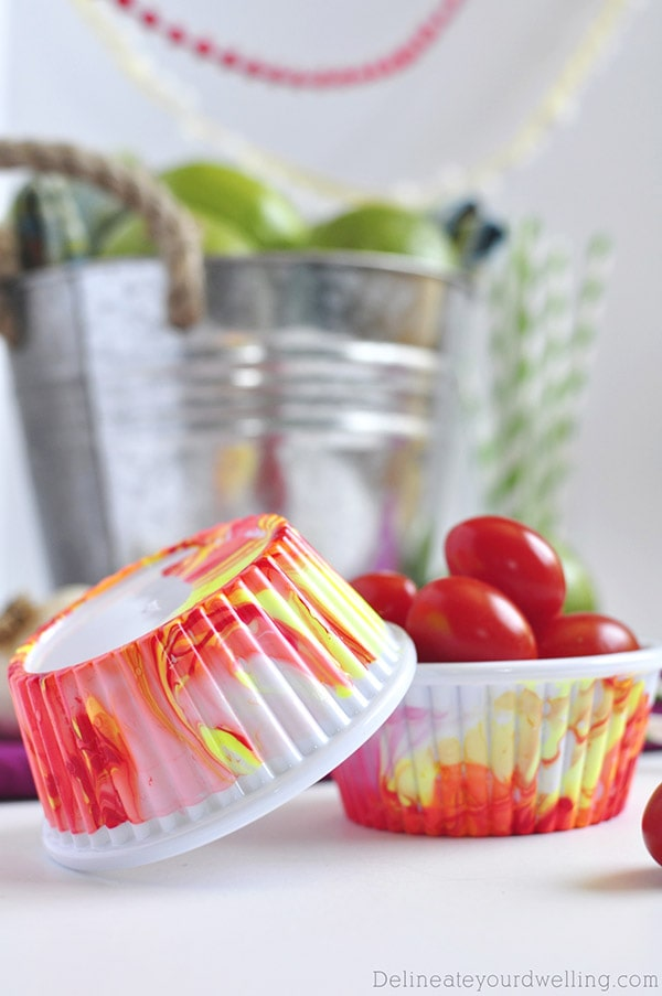 Easy Marbled Party Cups, Delineateyourdwelling.com