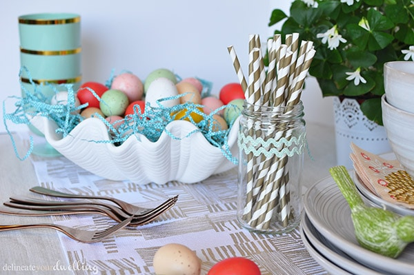 Easy Spring Table, Delineateyourdwelling.com