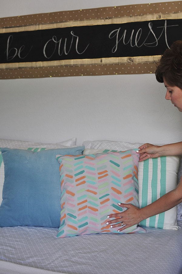 DIY Pastel Pillow Cover