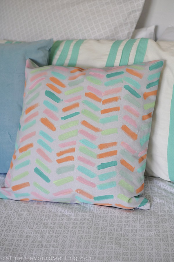 DIY Pillow Cover, Delineateyourdwelling.com