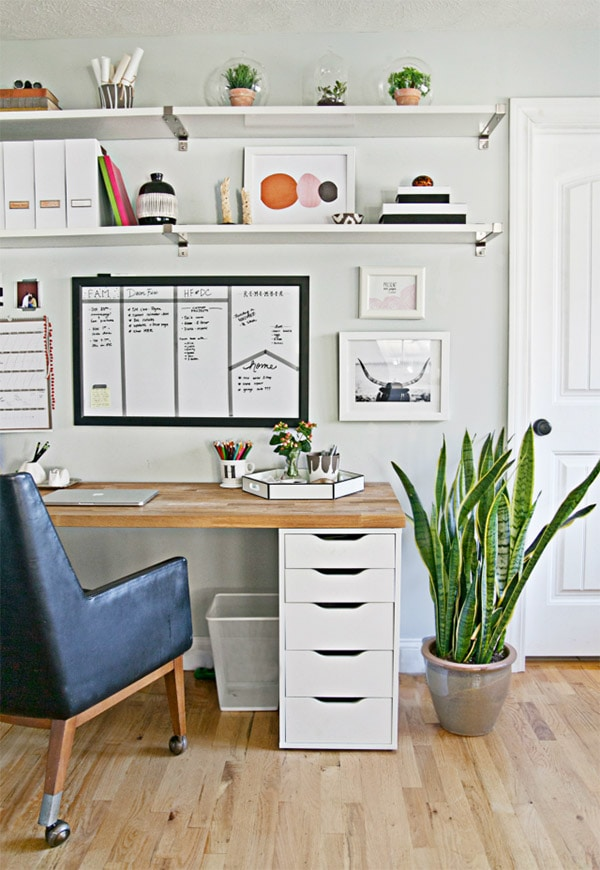 Organized-office, Feature Friday