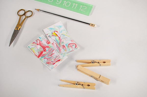 DIY Marbled Clothes Pin supplies