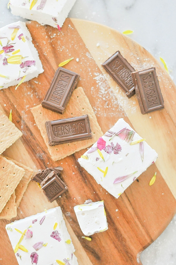 Edible Floral Marshmallows, Feature Friday