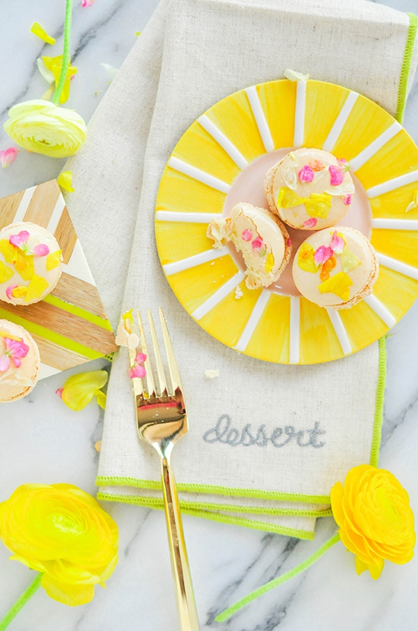 Edible Flower Macarons, Feature Friday
