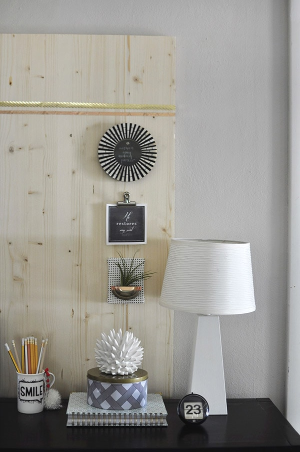 Rental Friendly Wood Memo Board