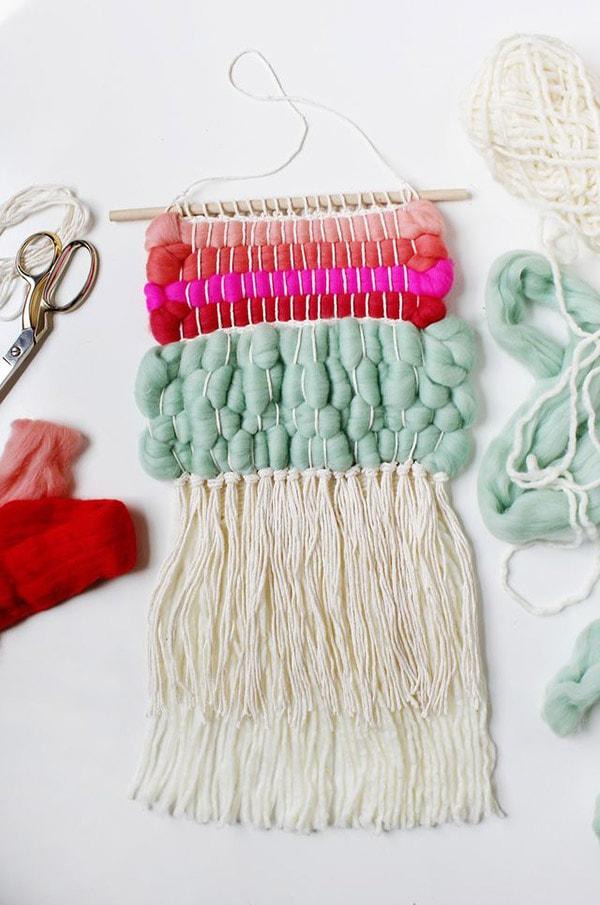 WEaving w wool roving
