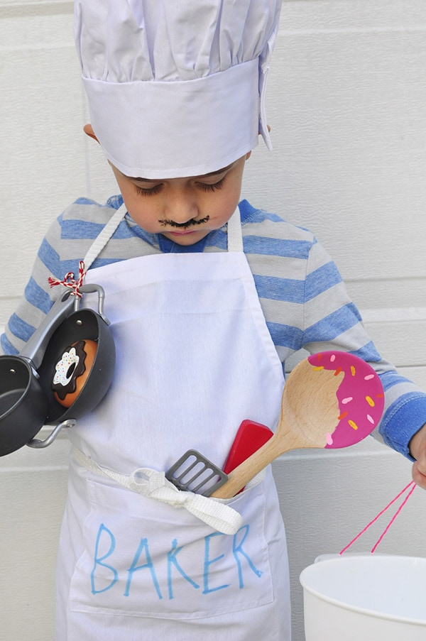 Baker-Cupcake Halloween Costume down