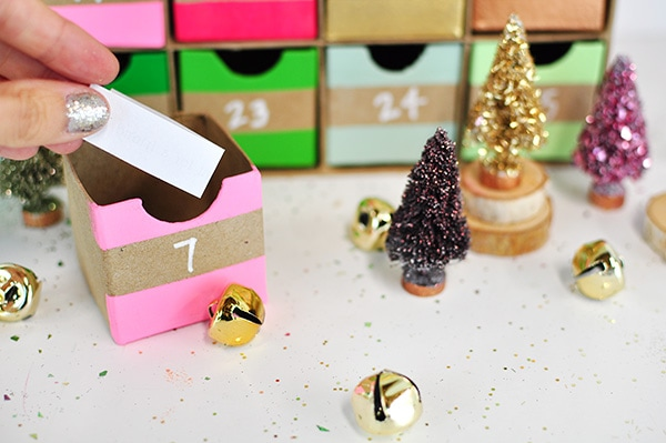 Colorful Advent Calendar paper slip