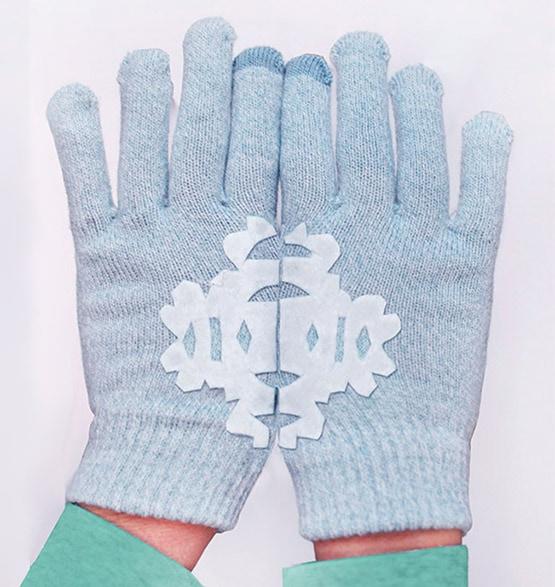 1 DIY-Felt Snowflake Mittens