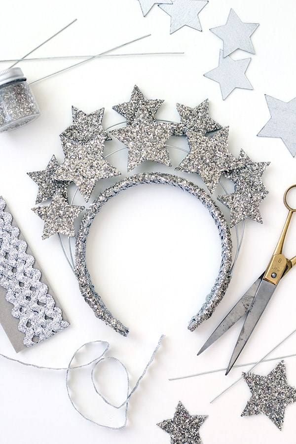 New Year's Eve party DIY Roundup - Delineate Your Dwelling