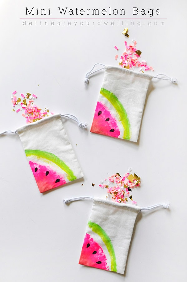 Easy to paint fruit bags! Learn how to create Mini Watermelon Bags! | Delineate Your Dwelling