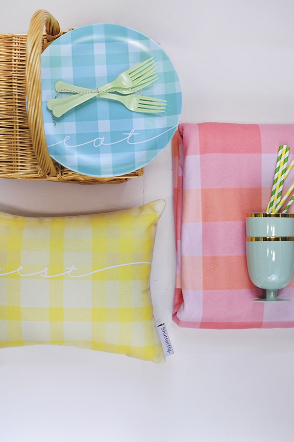 Plaid Spring Picnic Blanket, Delineate Your Dwelling
