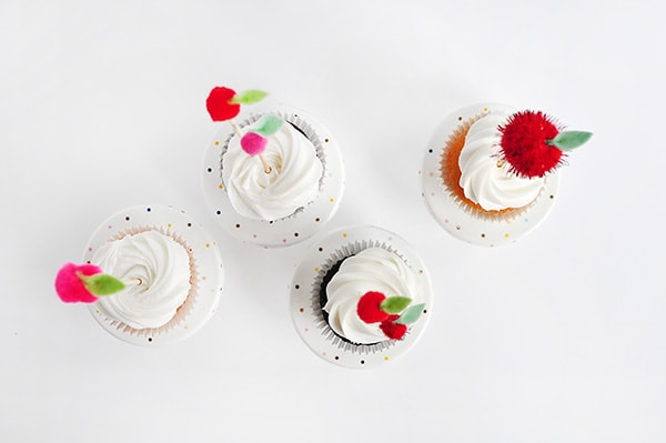 Adorable and so easy to create - Apple Cupcake Toppers, Delineate Your Dwelling