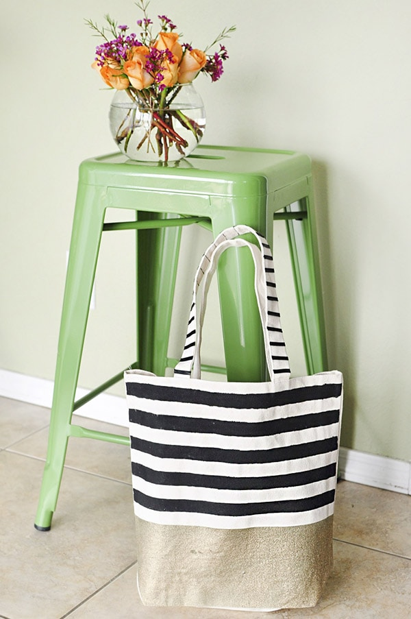 Decorating Your Transition Home With Cort Furniture Rental