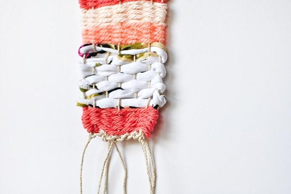 diy-mini-wall-weaving-detail