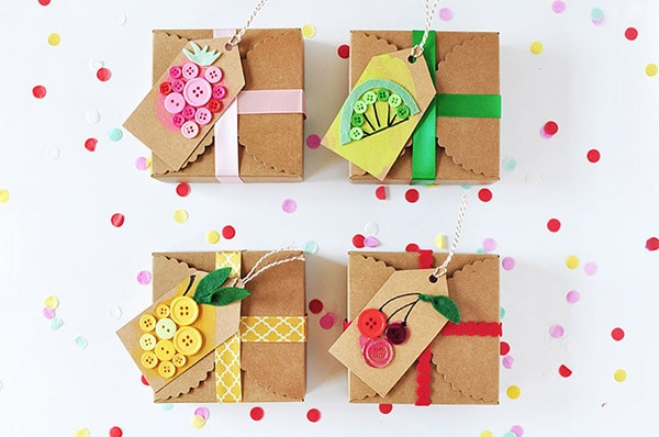 diy-gift-tag-button-fruit