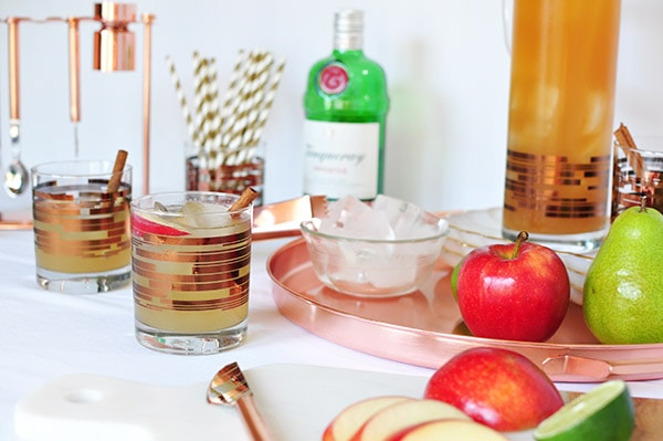 Perfect Fall Apple Cider Mule Cocktail, Delineate Your Dwelling