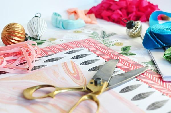colorful-christmas-gift-wrap-3