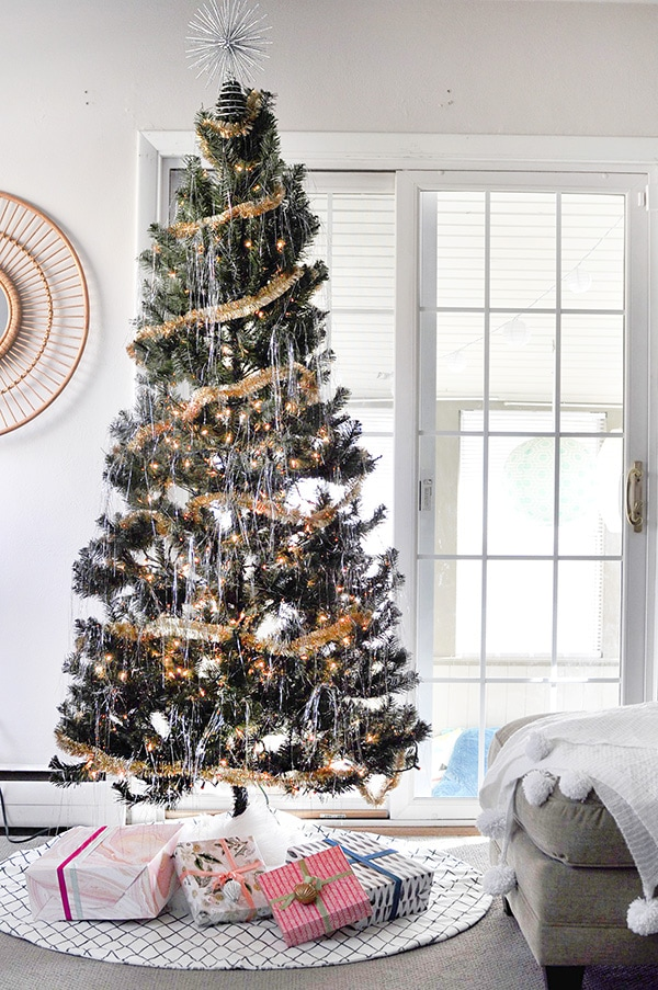 Thoughtful Christmas Decorations, Delineate Your Dwelling