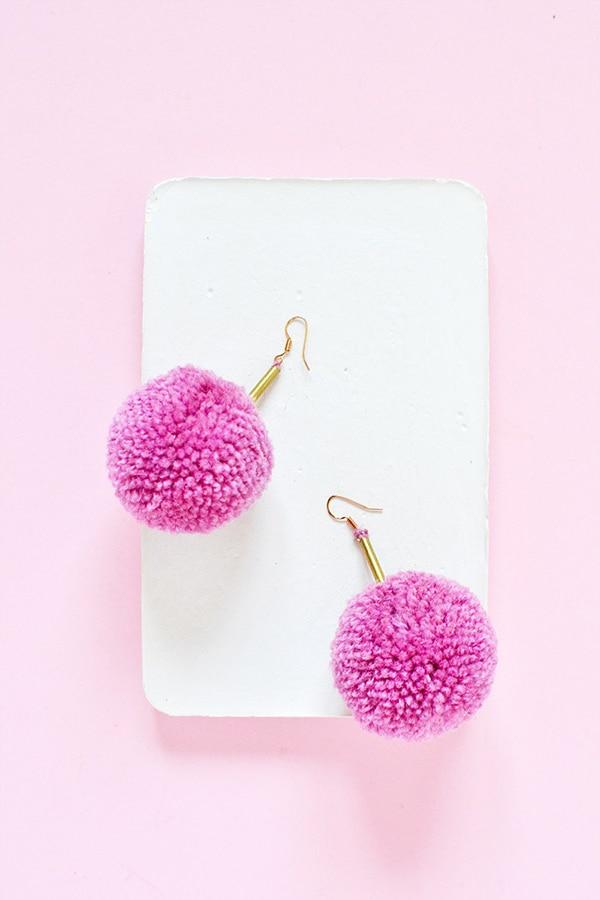 DIY-Pom-Pom-Pink Brass-Earrings-3