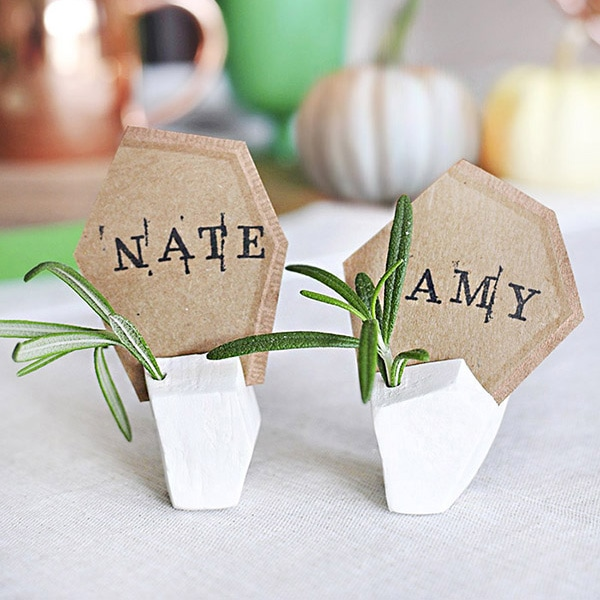 Geometric-Tday-Placecard-Holder-1