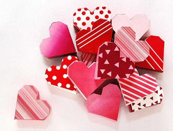 heart-advent-calendar Red