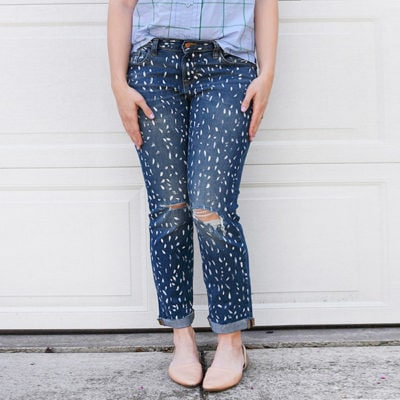 1-DIY-White-Painted-Patterned-Jeans