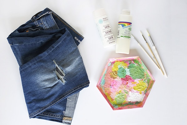 DIY White Patterned Jean supplies