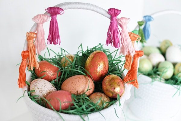 Easy to make DIY Tassel Easter Egg Baskets, Delineate Your Dwelling
