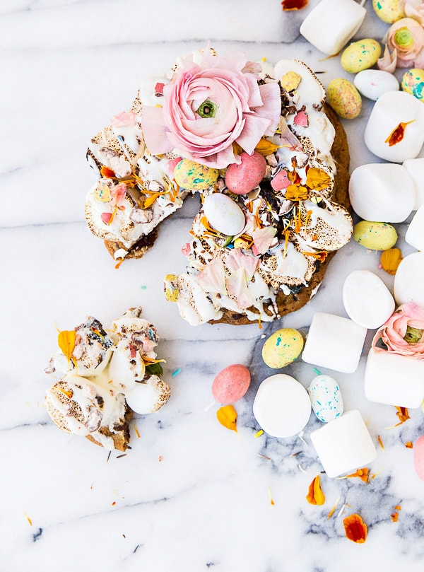 smore-cookie-pizza-spring-easter-dessert-5