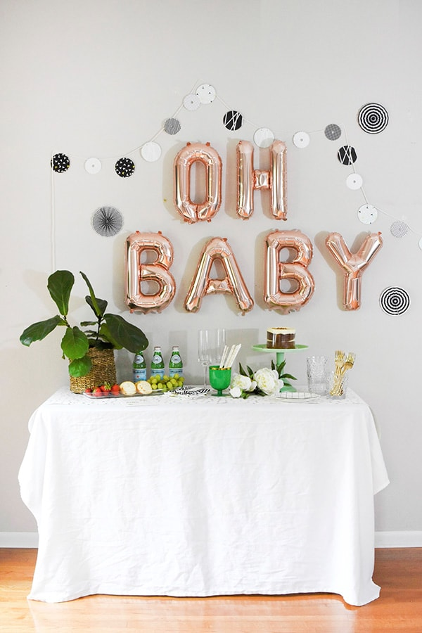 Modern woodland themed baby shower delineate your dwelling for Baby shower wall decoration