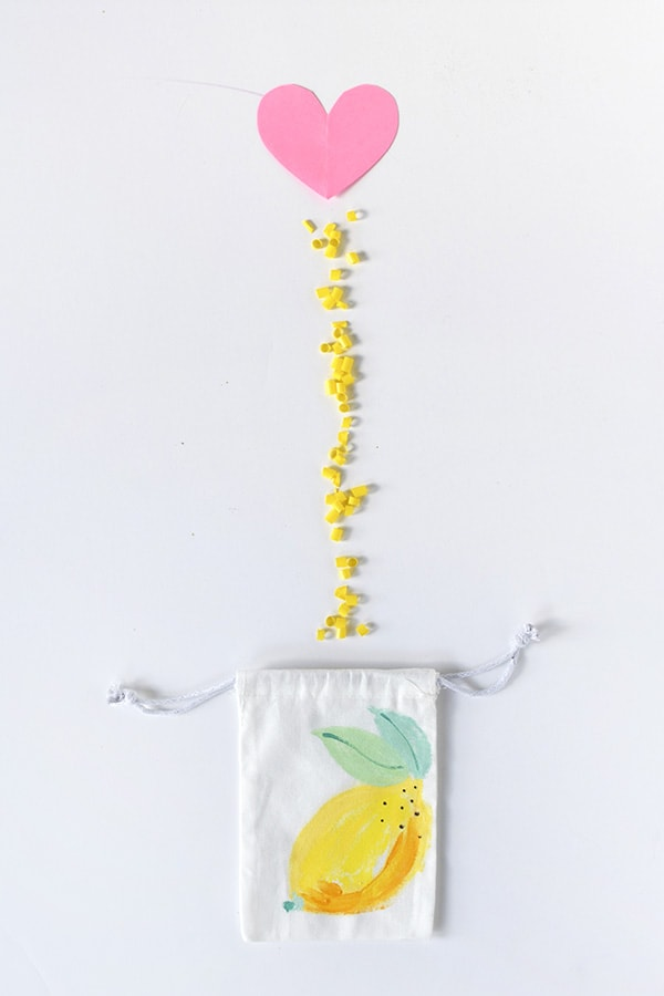 Create easy to make DIY Painted Lemon Bags! Perfect for summer fun. Delineate Your Dwelling