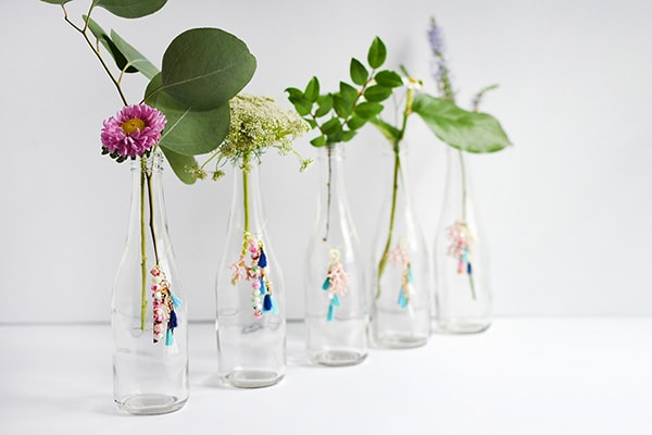 Easy to make and fun to use! Tassel DIY Charm Flower vases. Delineate Your Dwelling