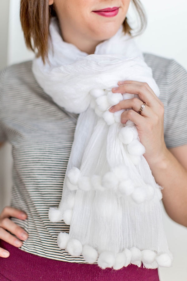 DIY White On White Pom-Pom Scarf-8