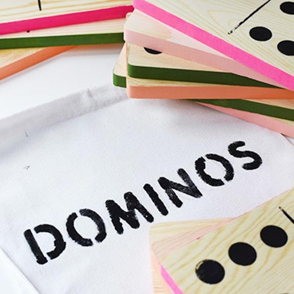 1 DIY Outdoor Domino game