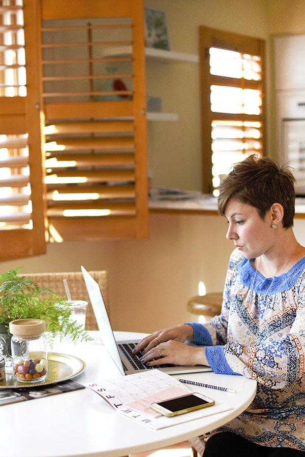 Tips for 3 MUST HAVE items when working from home -- Delineate Your Dwelling