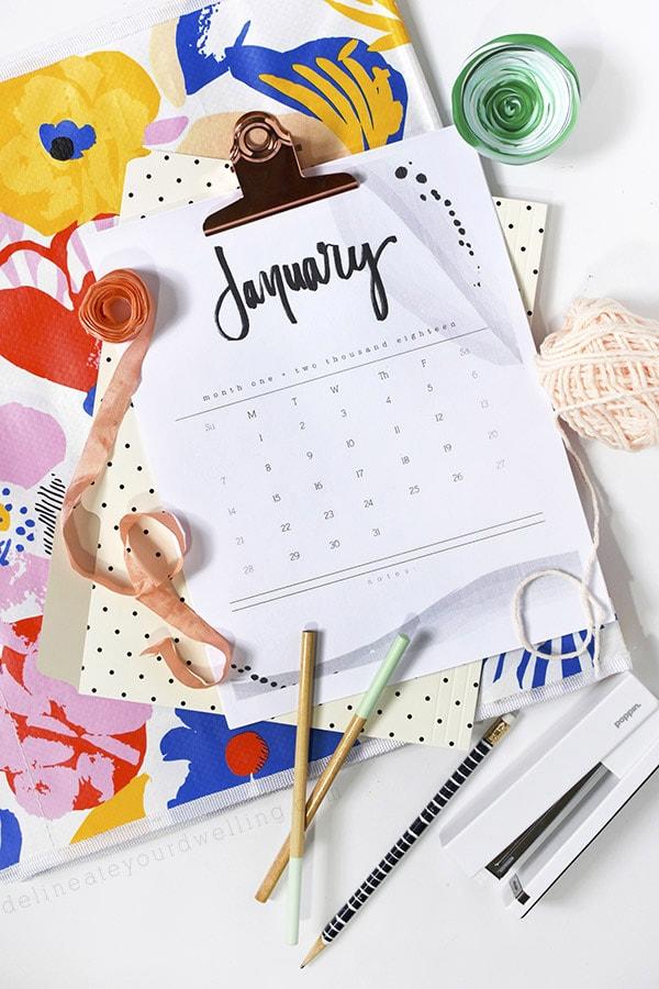 2018 FREE Hand Lettered Calendar