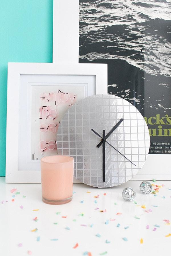 diy-disco-ball-clock-white